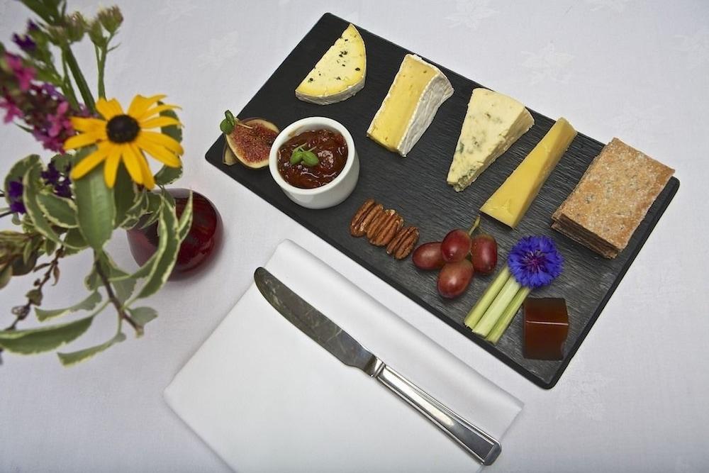 다팅턴 홀 호텔(Dartington Hall Hotel) Hotel Image 48 - Dining