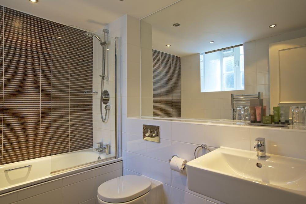 다팅턴 홀 호텔(Dartington Hall Hotel) Hotel Image 38 - Bathroom