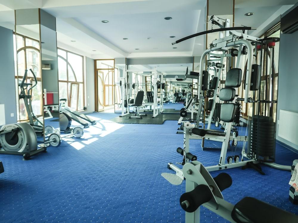 모노리트 플라자(Monolit Plaza) Hotel Image 26 - Fitness Facility