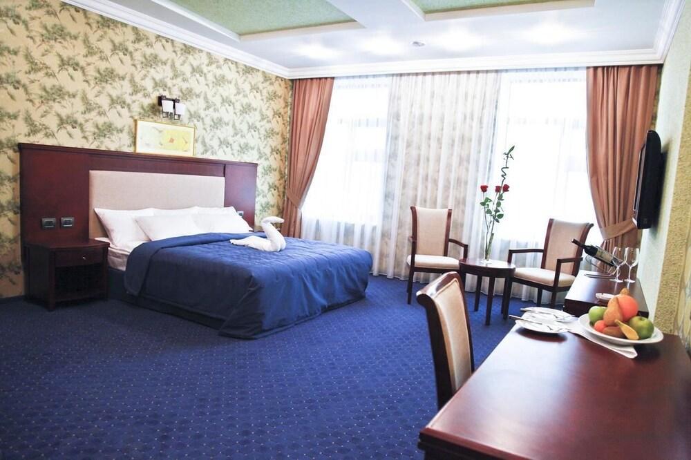 모노리트 플라자(Monolit Plaza) Hotel Image 9 - Living Room