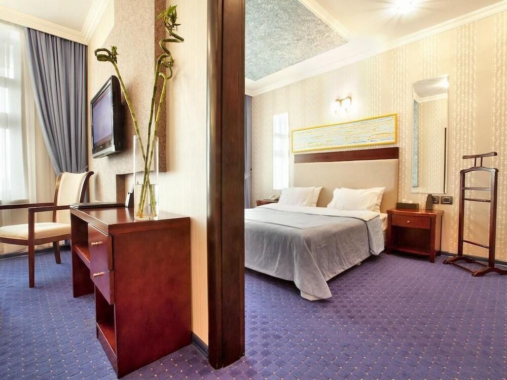 모노리트 플라자(Monolit Plaza) Hotel Image 15 - Living Room