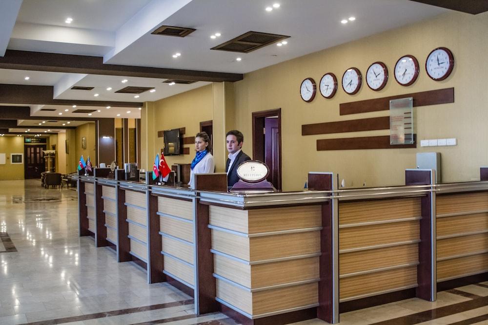 모노리트 플라자(Monolit Plaza) Hotel Image 2 - Reception