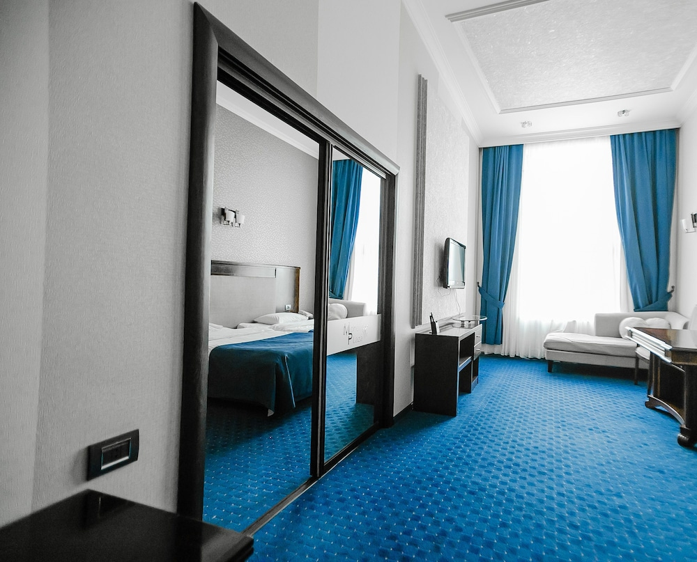 모노리트 플라자(Monolit Plaza) Hotel Image 4 - Living Area