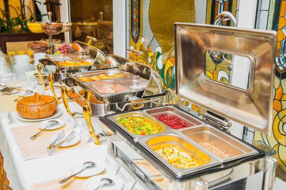 팔라조 프레미에르 호텔(Palazzo Premier Hotel) Hotel Image 64 - Buffet