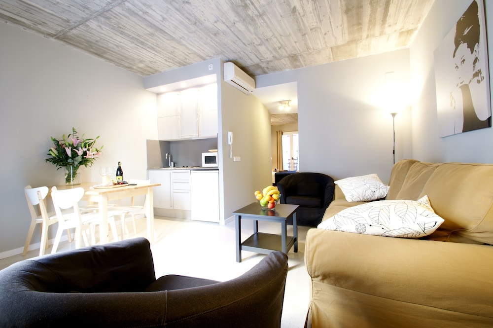 SSG 보르네 로프츠(SSG Borne Lofts) Hotel Image 15 - Living Area
