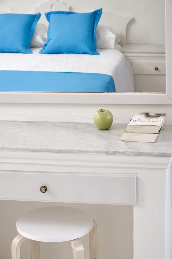 테라 블루 산토리니(Terra Blue Santorini) Hotel Image 21 - Guestroom