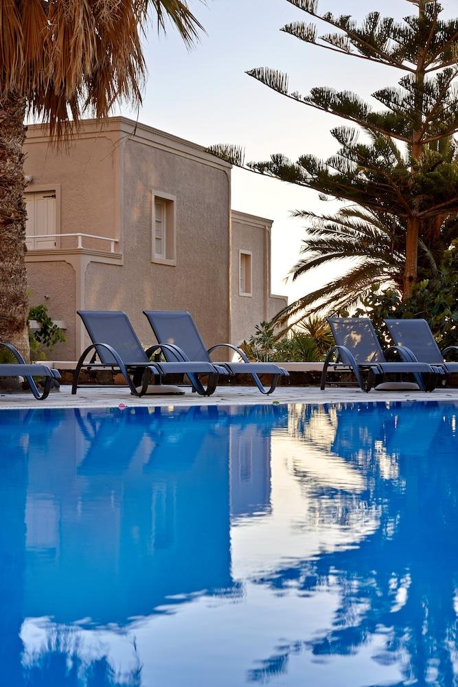 테라 블루 산토리니(Terra Blue Santorini) Hotel Image 23 - Outdoor Pool