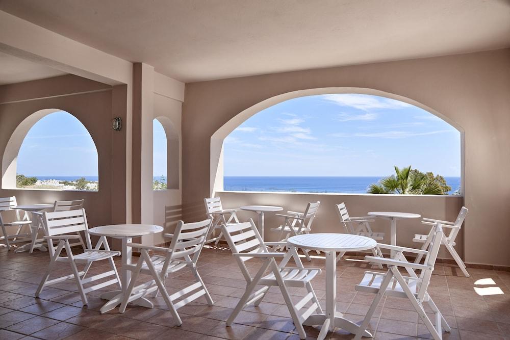 테라 블루 산토리니(Terra Blue Santorini) Hotel Image 30 - Breakfast Area