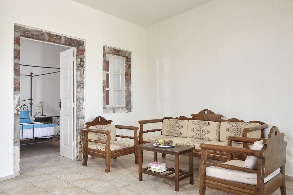 테라 블루 산토리니(Terra Blue Santorini) Hotel Image 10 - Guestroom