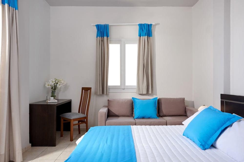 테라 블루 산토리니(Terra Blue Santorini) Hotel Image 5 - Guestroom