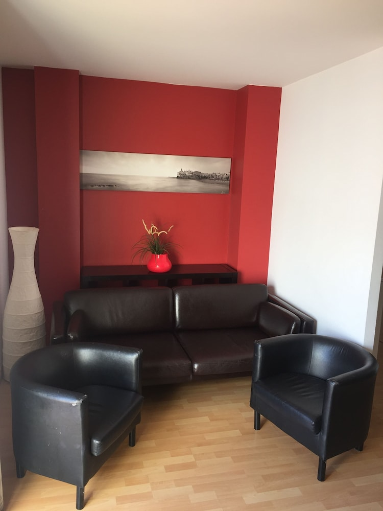 시트헤스고 아파트먼트(SitgesGO Apartments) Hotel Image 30 - Living Room