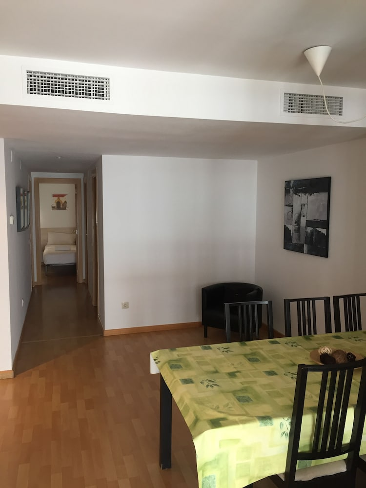 시트헤스고 아파트먼트(SitgesGO Apartments) Hotel Image 36 - Living Room