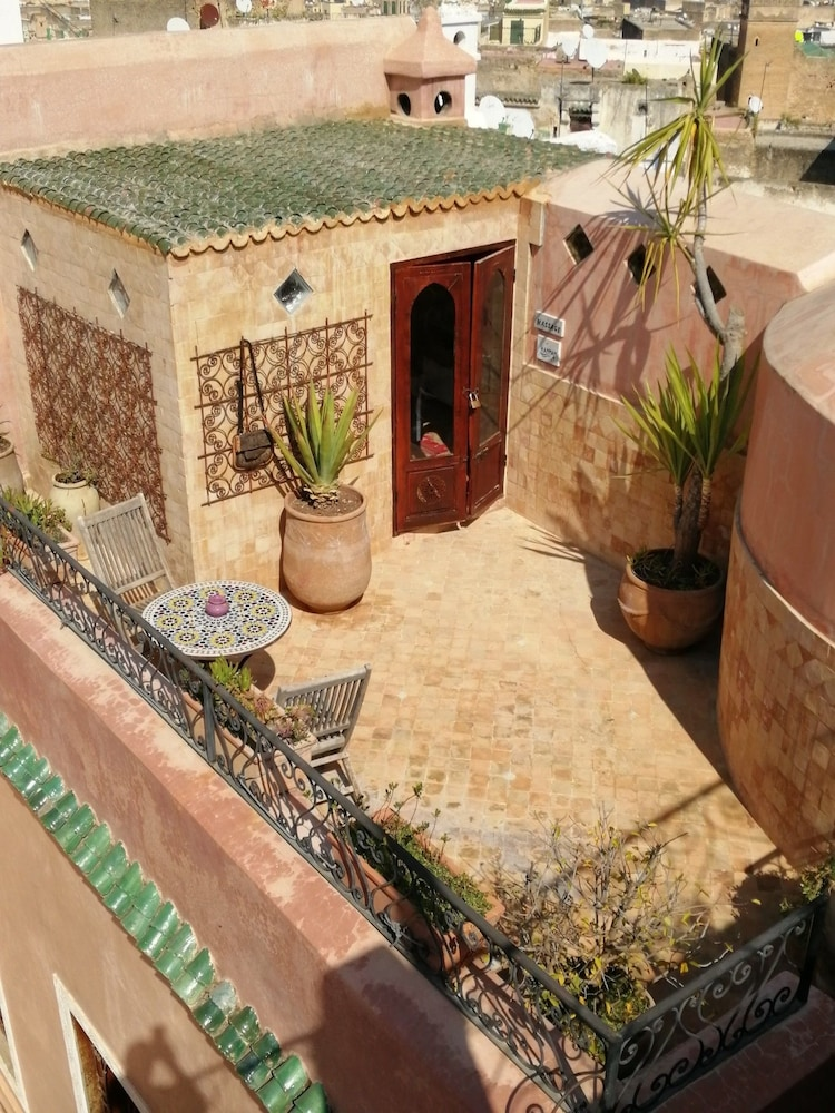 리아드 타라(Riad Tara) Hotel Image 19 - Terrace/Patio