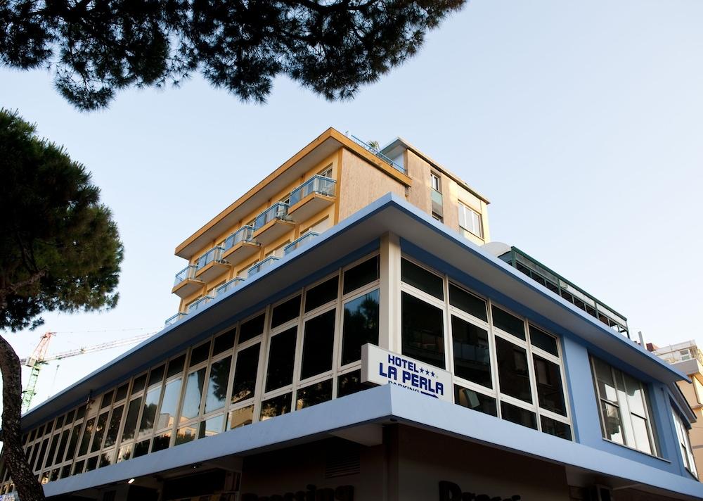 호텔 라 페를라(Hotel La Perla) Hotel Image 0 - Featured Image