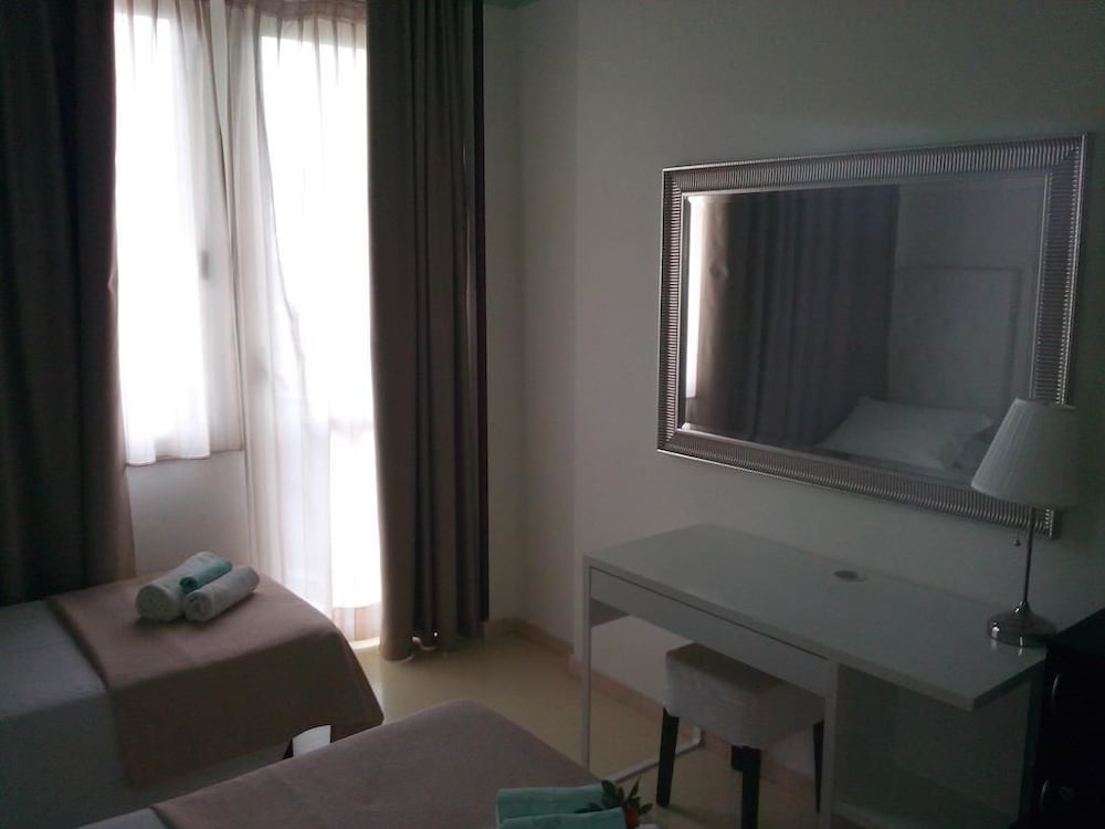 호텔 라 페를라(Hotel La Perla) Hotel Image 14 - Guestroom