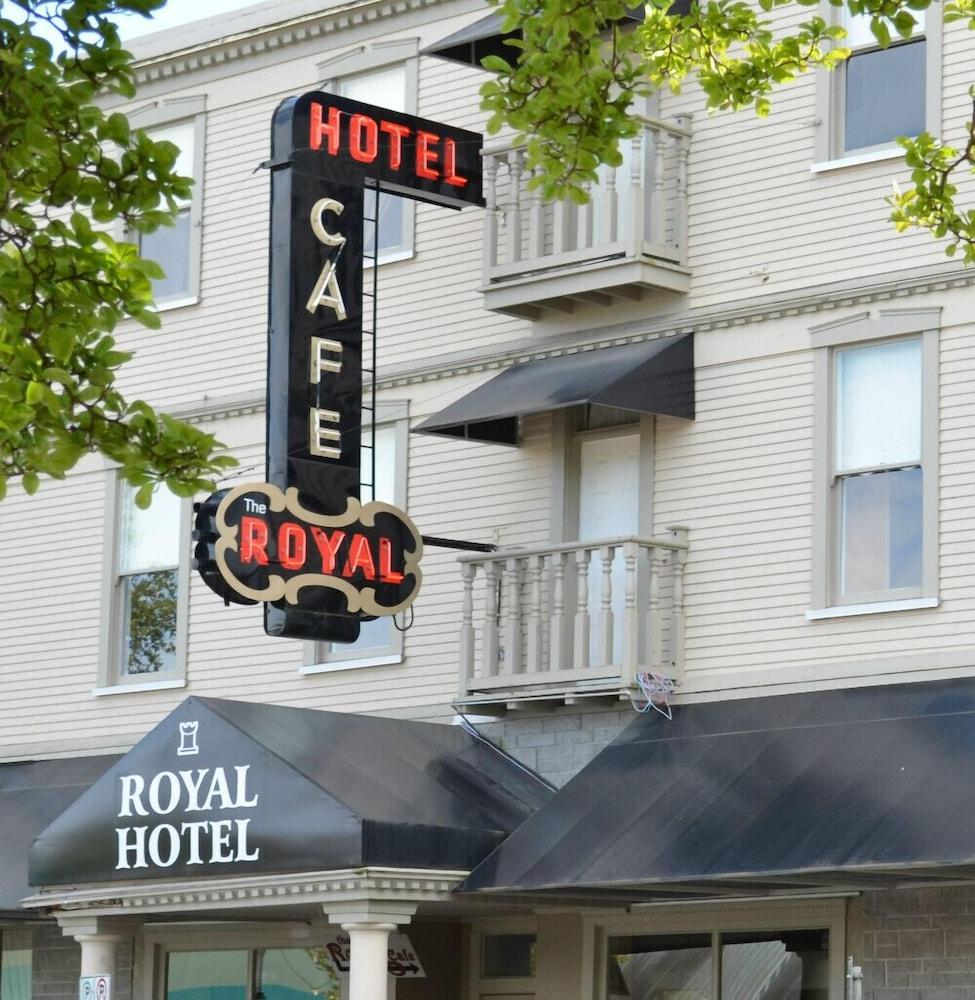로열 호텔(Royal Hotel) Hotel Image 48 - Hotel Front