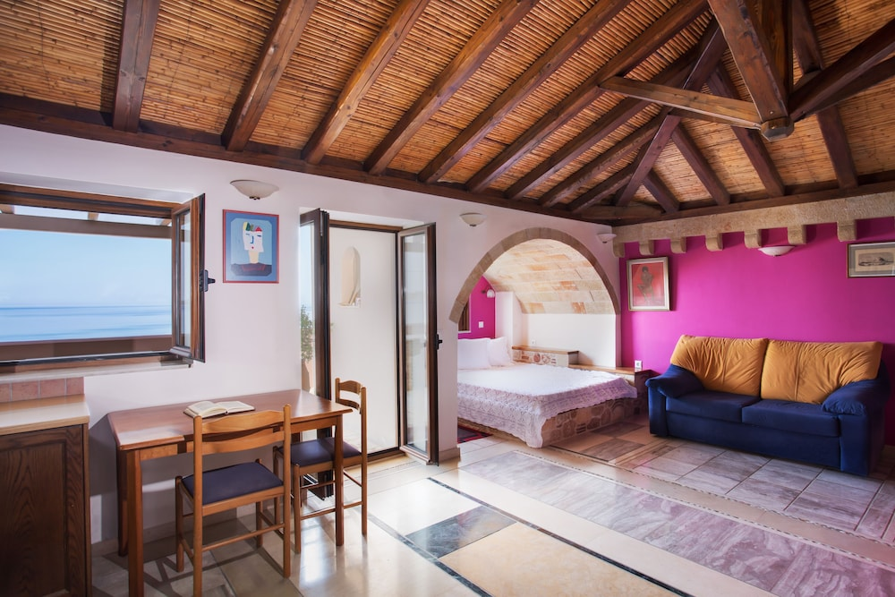 아크타이온 호텔(Aktaion Hotel) Hotel Image 16 - Guestroom