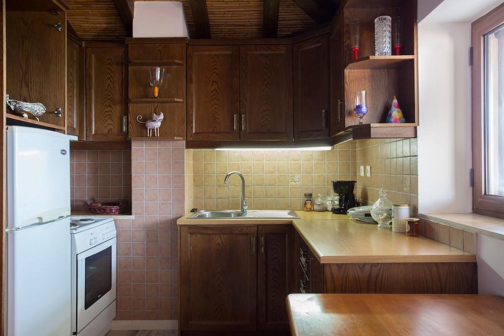 아크타이온 호텔(Aktaion Hotel) Hotel Image 20 - In-Room Kitchen