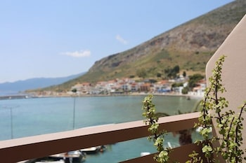 아크타이온 호텔(Aktaion Hotel) Hotel Image 27 - Guestroom View