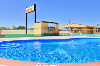 Hotel - Tropicana Motel