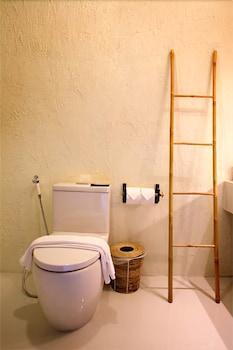 라 아 나투 베드 & 베이커리(la a natu bed & bakery) Hotel Image 37 - Bathroom