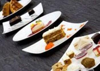 라 아 나투 베드 & 베이커리(la a natu bed & bakery) Hotel Image 53 - Restaurant