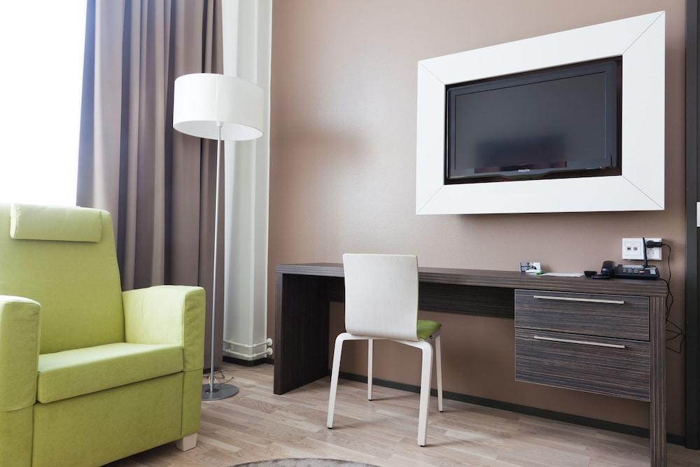 놀란디아 케어 탬피어 호텔(Norlandia Care Tampere Hotel) Hotel Image 8 - Living Area