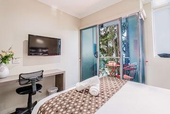 Deluxe Room, 1 Double Bed, Non Smoking, Balcony