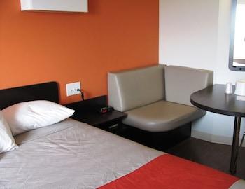 Room, 2 Queen Beds, Non Smoking, Kitchen