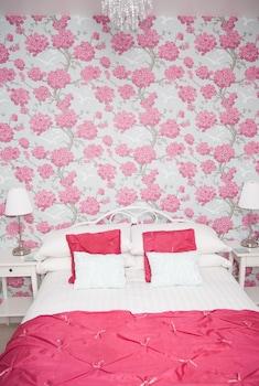 Double Room, Ground Floor (Rose)