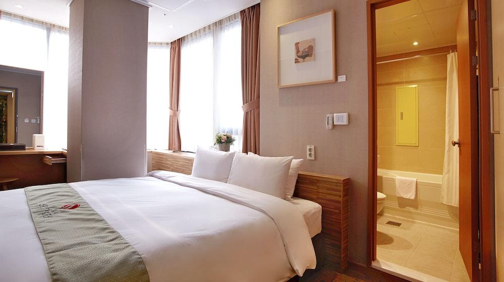 호텔 스카이파크 명동 III(HOTEL SKYPARK Myeongdong III) Hotel Image 19 - Guestroom