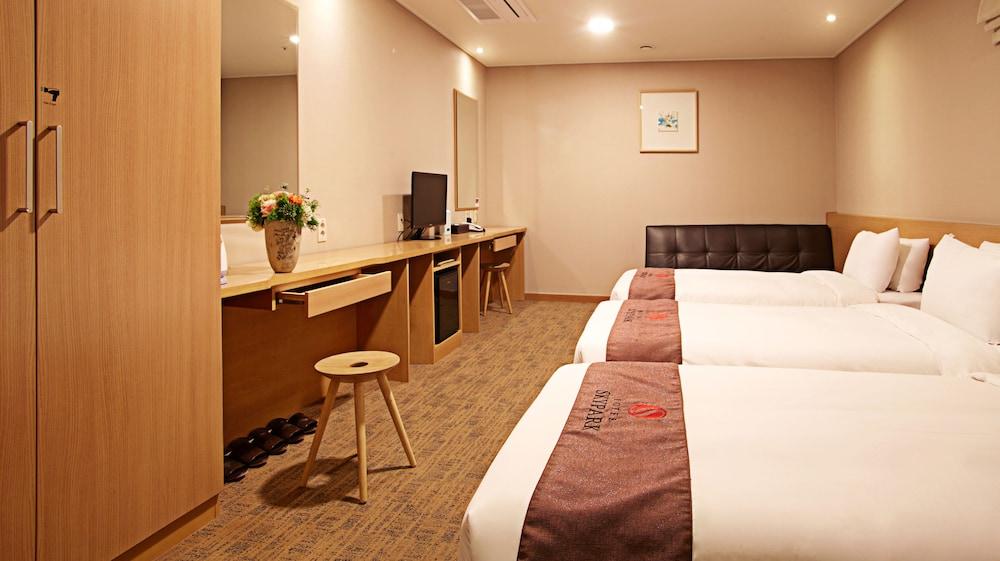 호텔 스카이파크 명동 III(HOTEL SKYPARK Myeongdong III) Hotel Image 13 - Guestroom