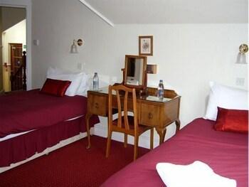 애번데일(The Avondale) Hotel Image 6 - Guestroom