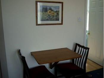 애번데일(The Avondale) Hotel Image 12 - In-Room Dining