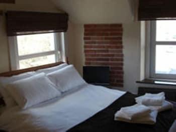 배블링 브룩 게스트 하우스(Babbling Brook Guest House) Hotel Image 4 - Guestroom