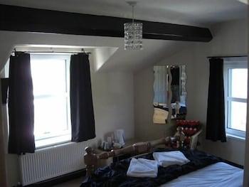배블링 브룩 게스트 하우스(Babbling Brook Guest House) Hotel Image 11 - Guestroom