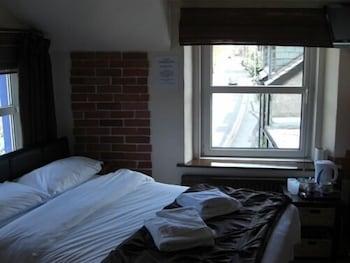배블링 브룩 게스트 하우스(Babbling Brook Guest House) Hotel Image 10 - Guestroom