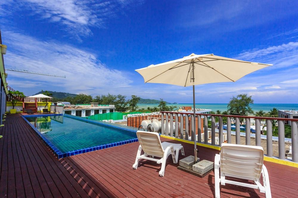 7Q 파통 비치 호텔(7Q Patong Beach Hotel) Hotel Image 0 - Featured Image