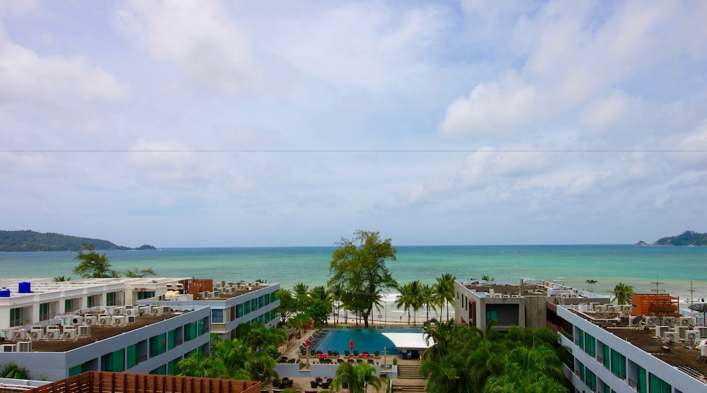7Q 파통 비치 호텔(7Q Patong Beach Hotel) Hotel Image 64 - View from Hotel