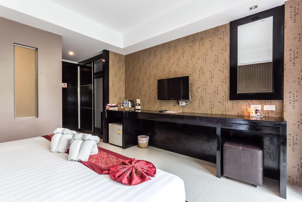 7Q 파통 비치 호텔(7Q Patong Beach Hotel) Hotel Image 26 - In-Room Amenity