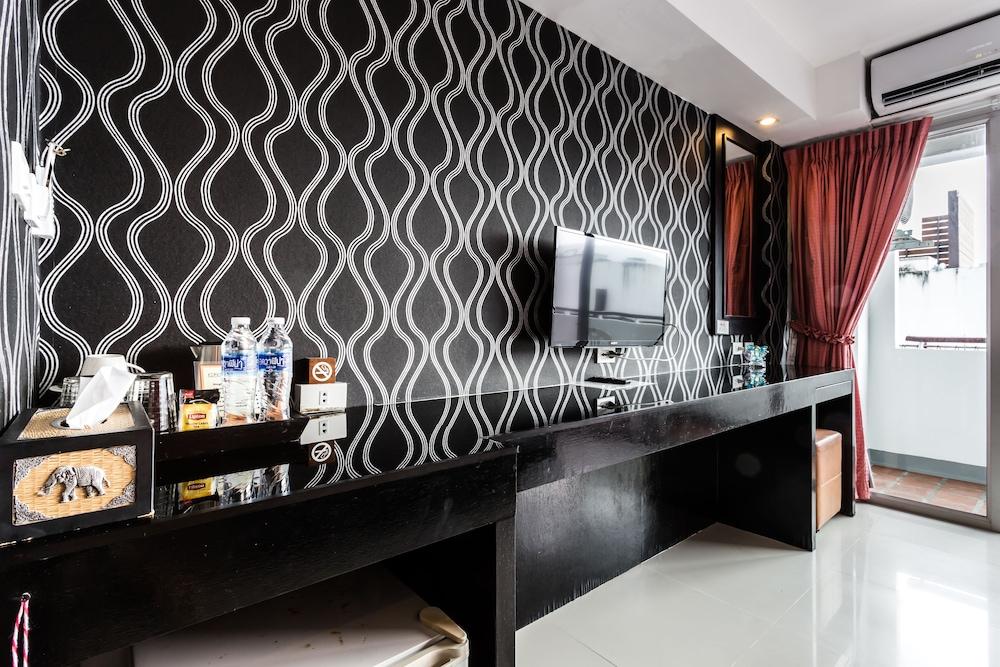 7Q 파통 비치 호텔(7Q Patong Beach Hotel) Hotel Image 27 - In-Room Amenity