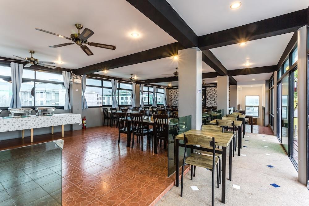 7Q 파통 비치 호텔(7Q Patong Beach Hotel) Hotel Image 49 - Dining