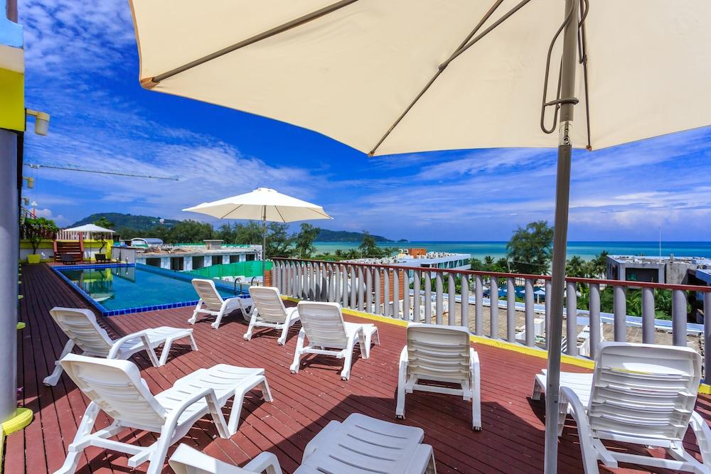7Q 파통 비치 호텔(7Q Patong Beach Hotel) Hotel Image 5 - Pool