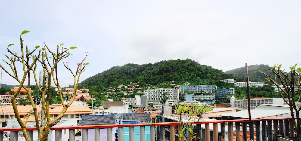 7Q 파통 비치 호텔(7Q Patong Beach Hotel) Hotel Image 73 - Mountain View