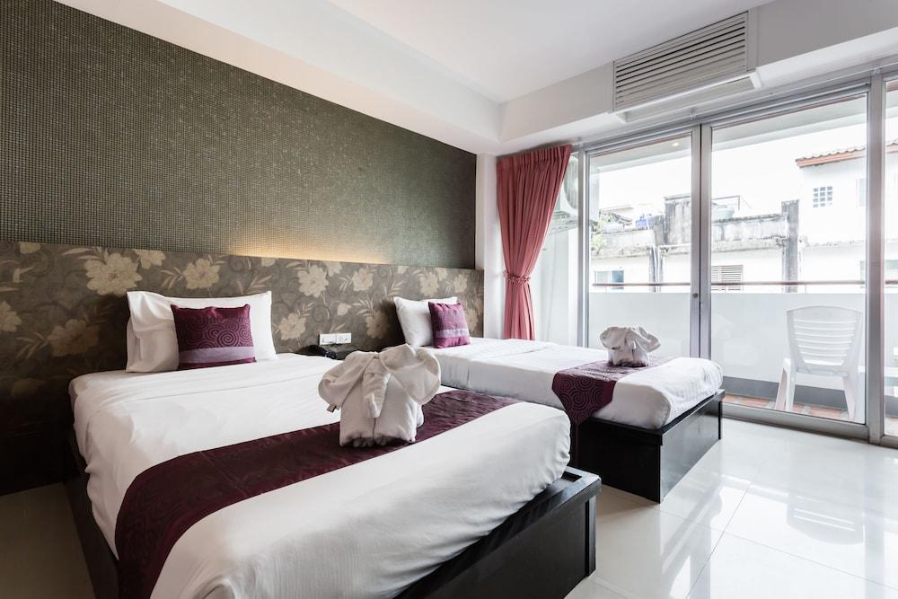 7Q 파통 비치 호텔(7Q Patong Beach Hotel) Hotel Image 17 - Guestroom