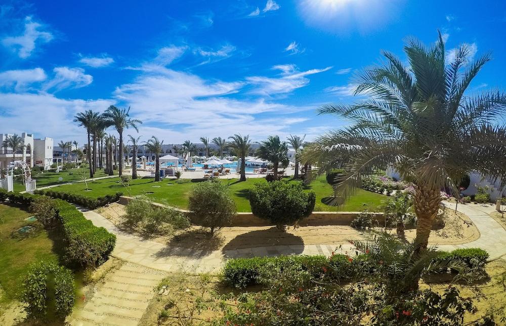 힐튼 마르사 알람 누비안 리조트(Hilton Marsa Alam Nubian Resort) Hotel Image 113 - Garden View