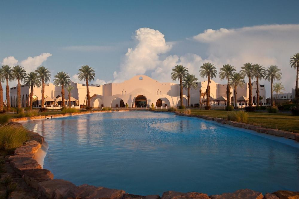 힐튼 마르사 알람 누비안 리조트(Hilton Marsa Alam Nubian Resort) Hotel Image 0 - Featured Image