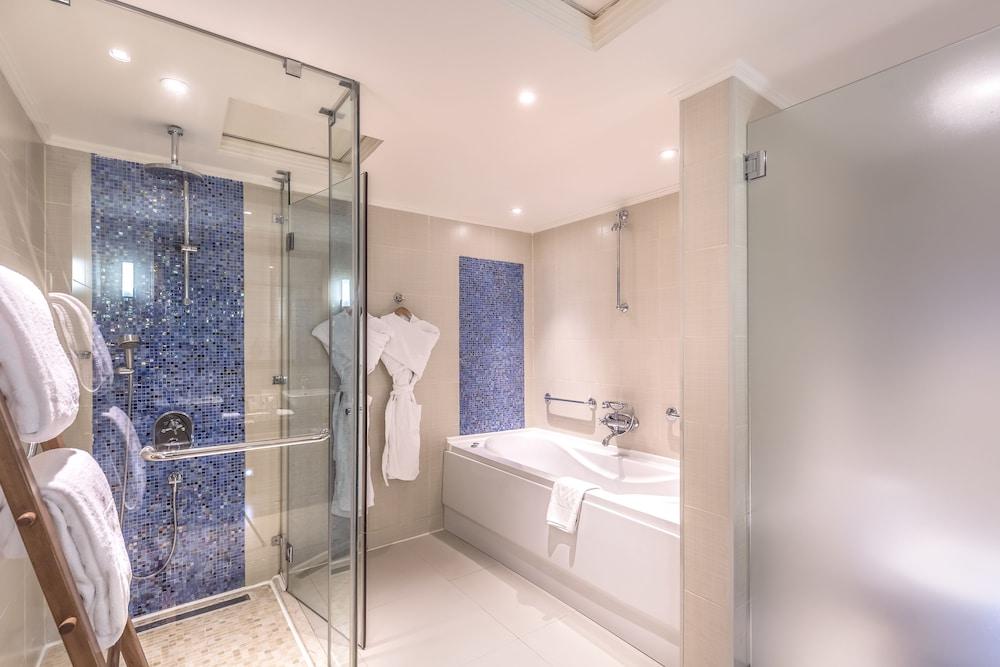 힐튼 마르사 알람 누비안 리조트(Hilton Marsa Alam Nubian Resort) Hotel Image 59 - Bathroom