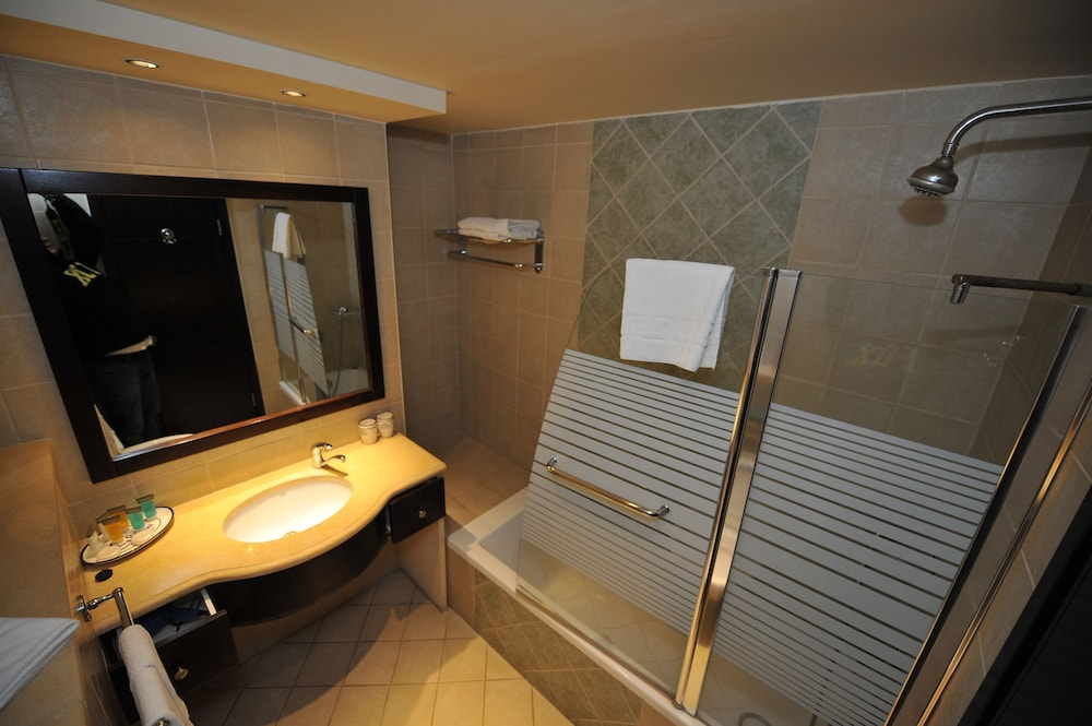 내셔널 호텔 예루살렘(National Hotel Jerusalem) Hotel Image 26 - Bathroom
