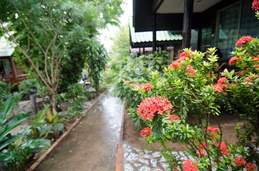 시 가든 리조트 - 하아드 린(Sea Garden Resort - Haad Rin) Hotel Image 37 - Exterior